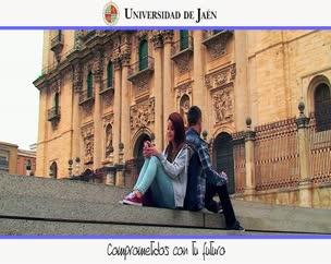 Spot Campaña Titulaciones de Grado 2014-2015